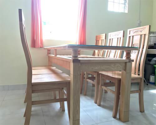 Bàn ăn Gỗ tần bì 6 ghế 1m6