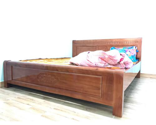 Giường ngủ 1m8 gỗ xoan đào Đà Lạt