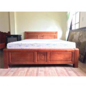 Giường ngủ gỗ xoan đào 1m8 đà lạt