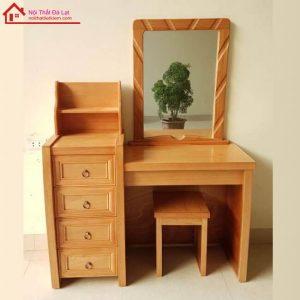 bàn trang điểm gỗ hiện đại